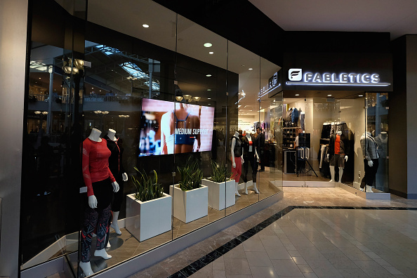 globalization opening retail outlets essay Despite the rapid globalization of retail in the developing world and widespread policy in- terest, the existing literatures in trade and development have so far paid relatively little attention to this facet of international integration.
